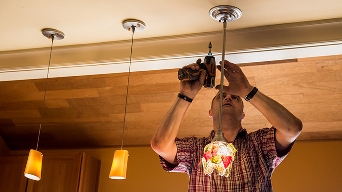 Installing Glass Light Fixtures